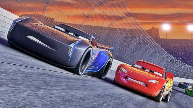 Cars-3-Daytona-500-Trailer